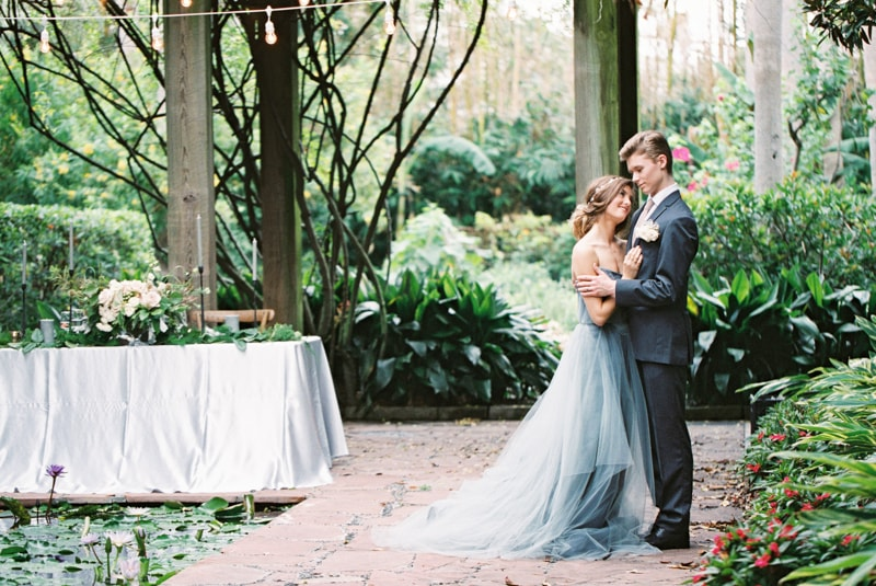 romantic-industrial-wedding-inspiration-houston-tx-8-min.jpg