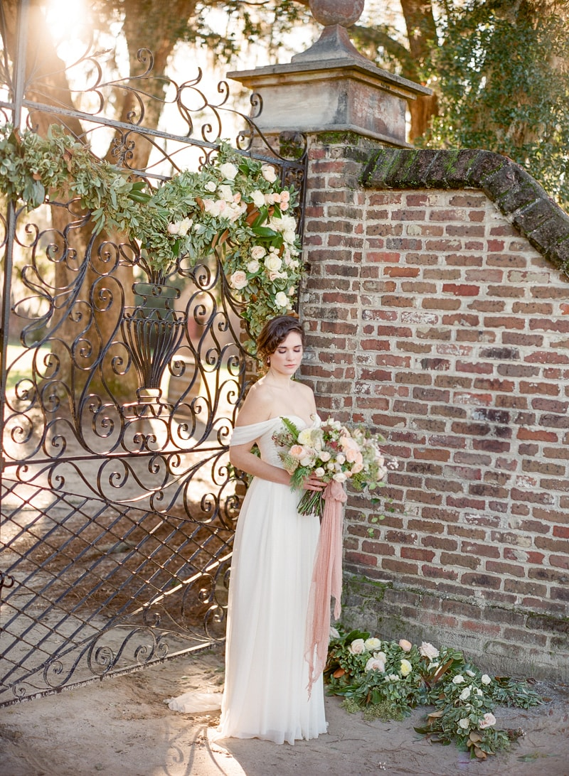 boone-hall-plantation-charleston-sc-wedding-inspiration-19-min.jpg