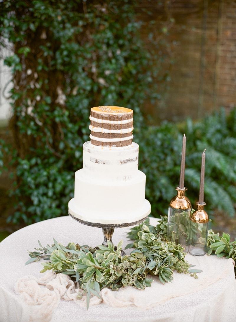 boone-hall-plantation-charleston-sc-wedding-inspiration-26-min.jpg