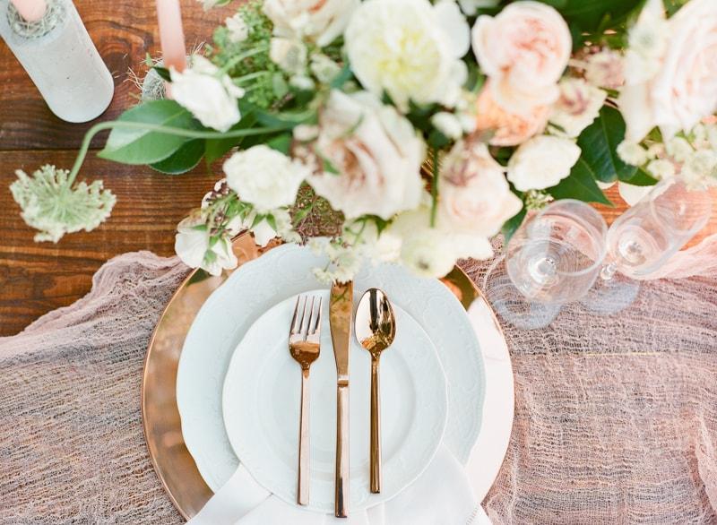 boone-hall-plantation-charleston-sc-wedding-inspiration-27-min.jpg