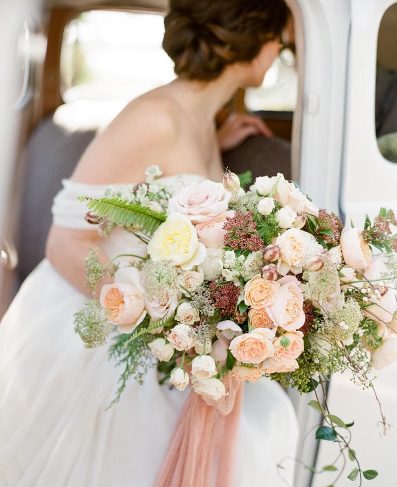 boone-hall-plantation-charleston-sc-wedding-inspiration-28-min.jpg