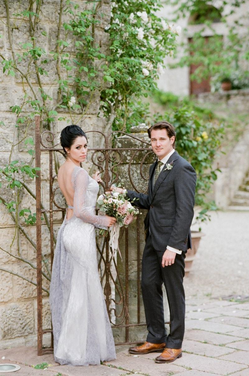 borgo-pignano-tuscany-italy-wedding-photos-21-min.jpg
