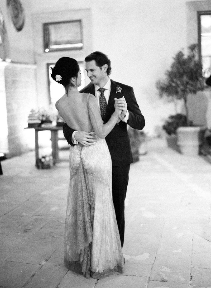 borgo-pignano-tuscany-italy-wedding-photos-25-min.jpg