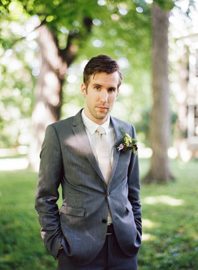 butterflies-at-weddings-fine-art-film-trendy-bride-24-min.jpg