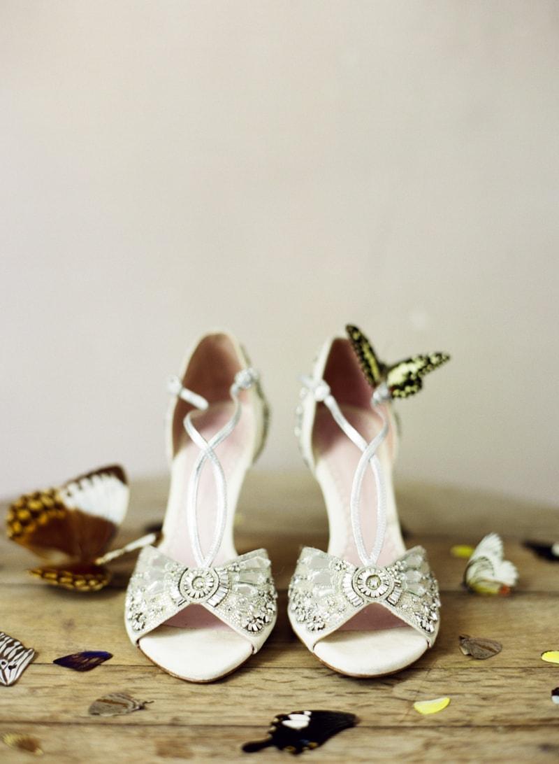butterflies-at-weddings-fine-art-film-trendy-bride-3-min.jpg