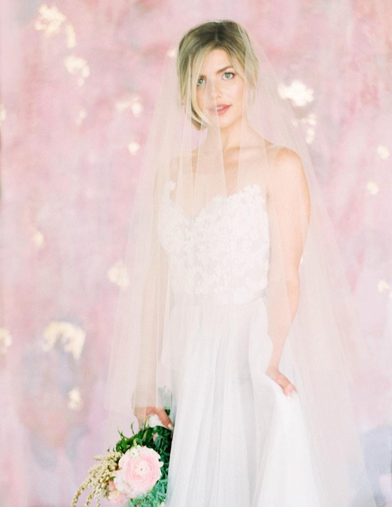 lovely-bride-wedding-dresses-fine-art-contax-645-min.jpg