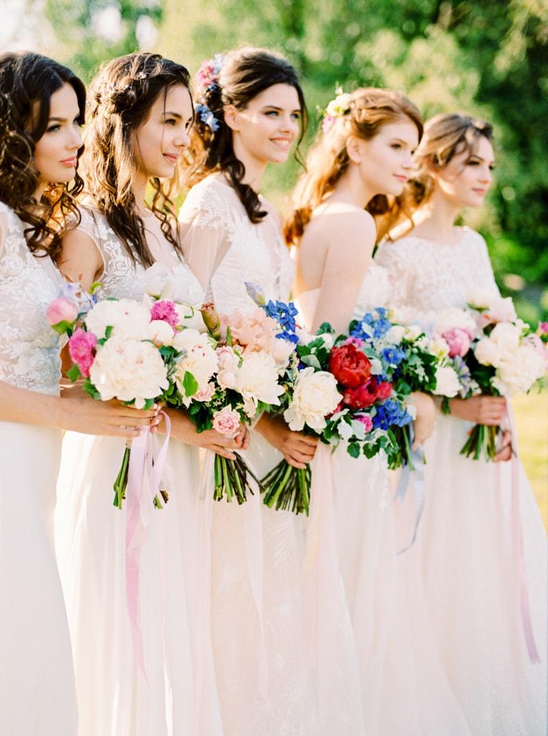 russian-botanical-wedding-inspiration-trendy-bride-11-min.jpg
