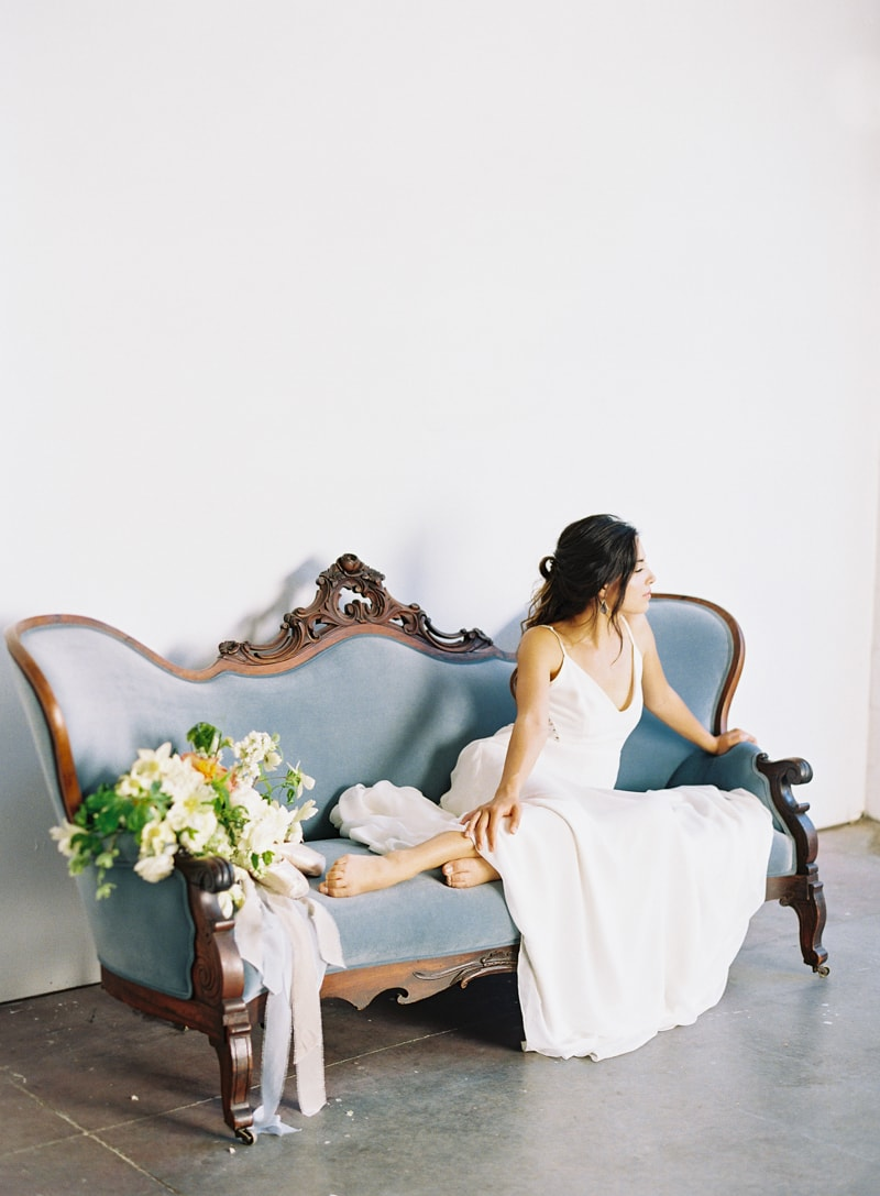 the-creative-space-wedding-inspiration-fine-art-film-6-min.jpg