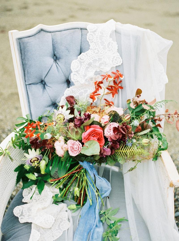 watercolor-wedding-inspiration-oregon-beach-13-min.jpg