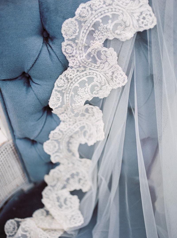 watercolor-wedding-inspiration-oregon-beach-2-min-1.jpg