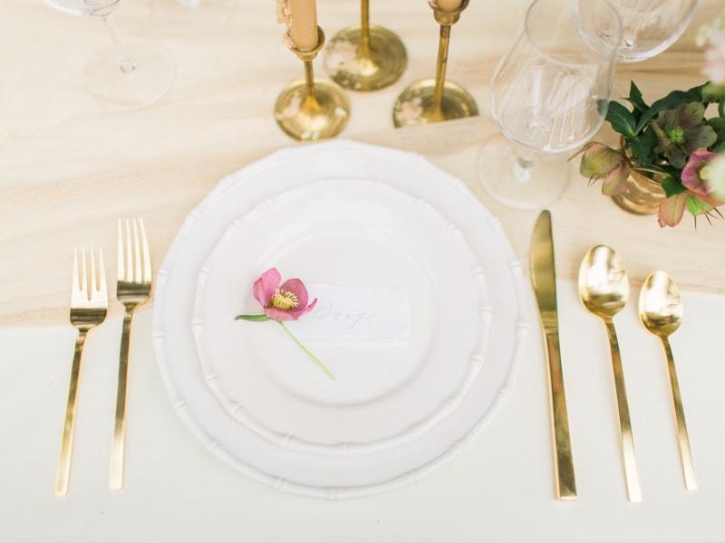 agecroft-hall-richmond-virginia-wedding-inspiration-16-min.jpg