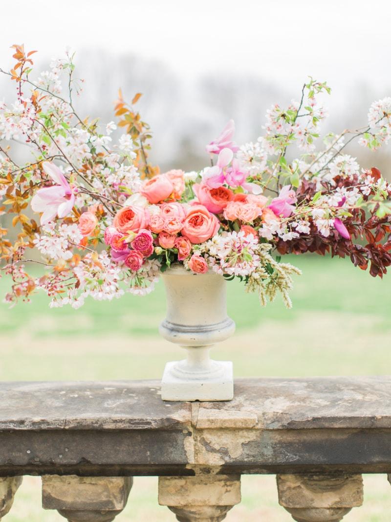 agecroft-hall-richmond-virginia-wedding-inspiration-18-min.jpg