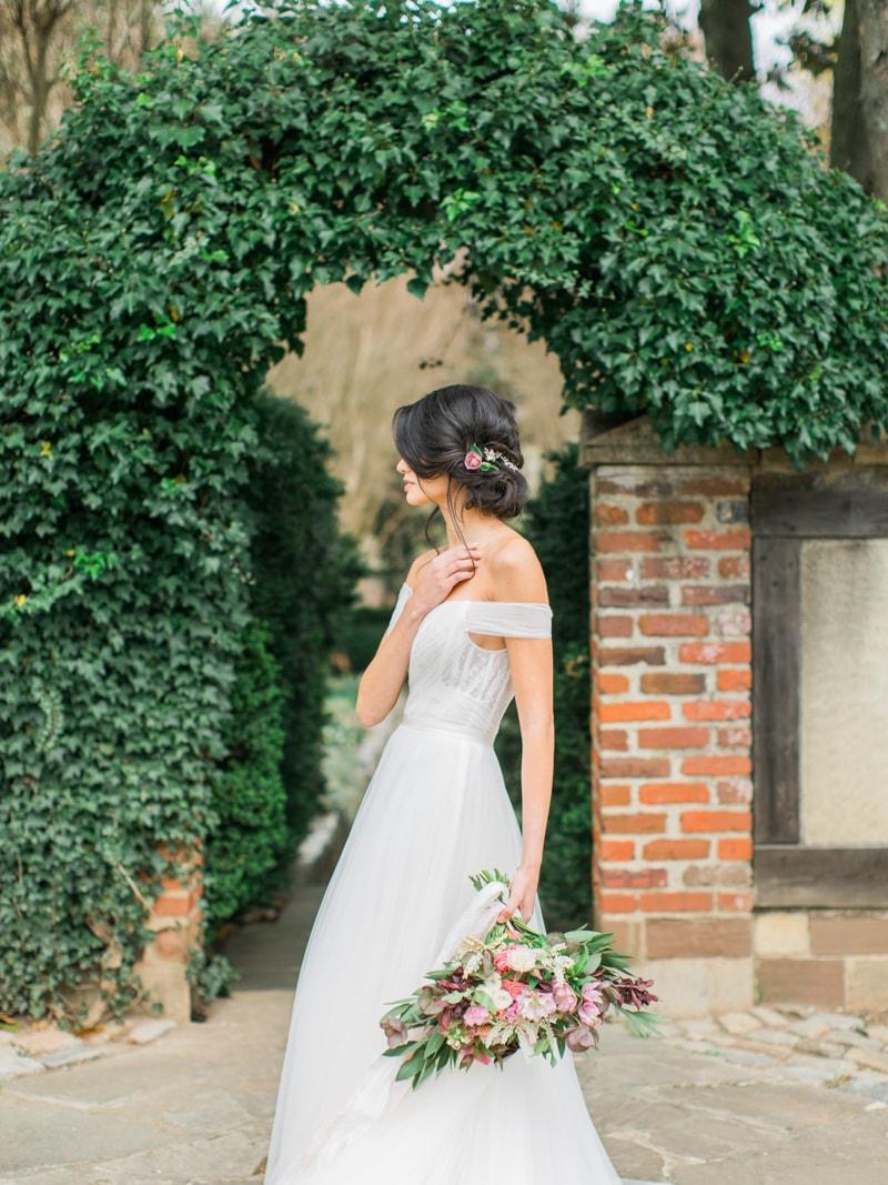 agecroft-hall-richmond-virginia-wedding-inspiration-20-min.jpg