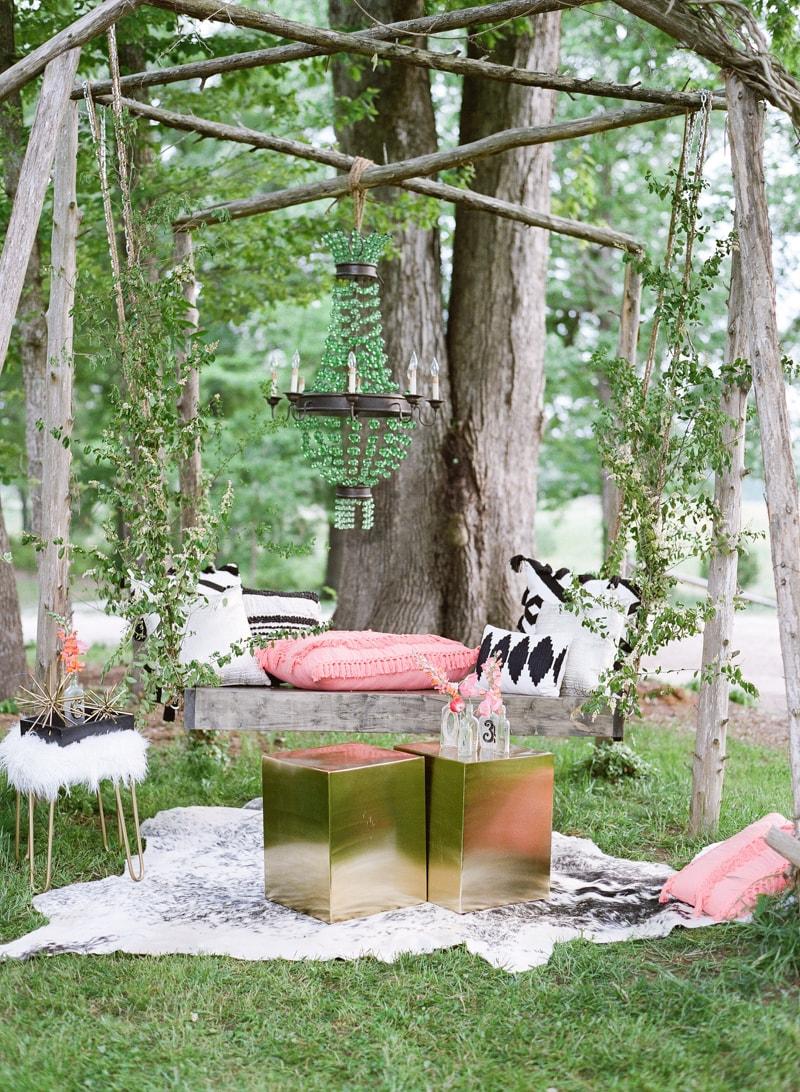 lounge-wedding-inspiration-fine-art-film-1-min.jpg