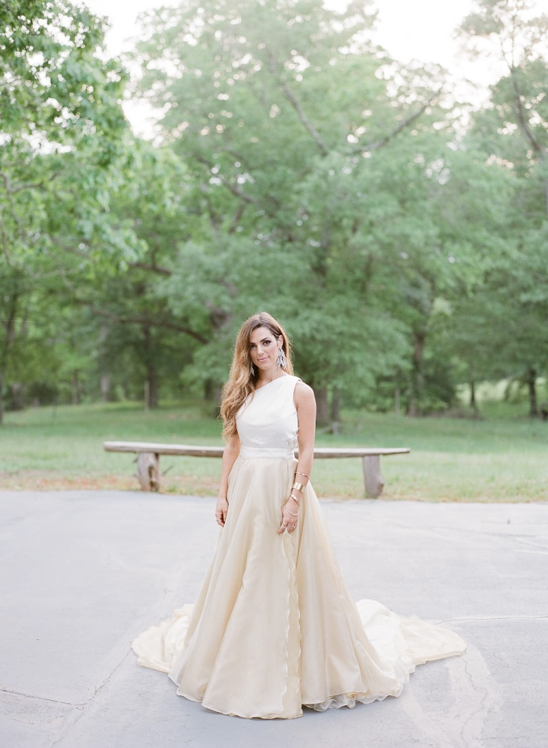 lounge-wedding-inspiration-fine-art-film-12-min.jpg