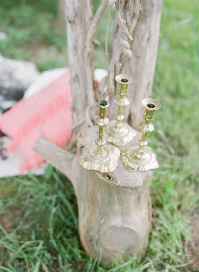 lounge-wedding-inspiration-fine-art-film-16-min.jpg