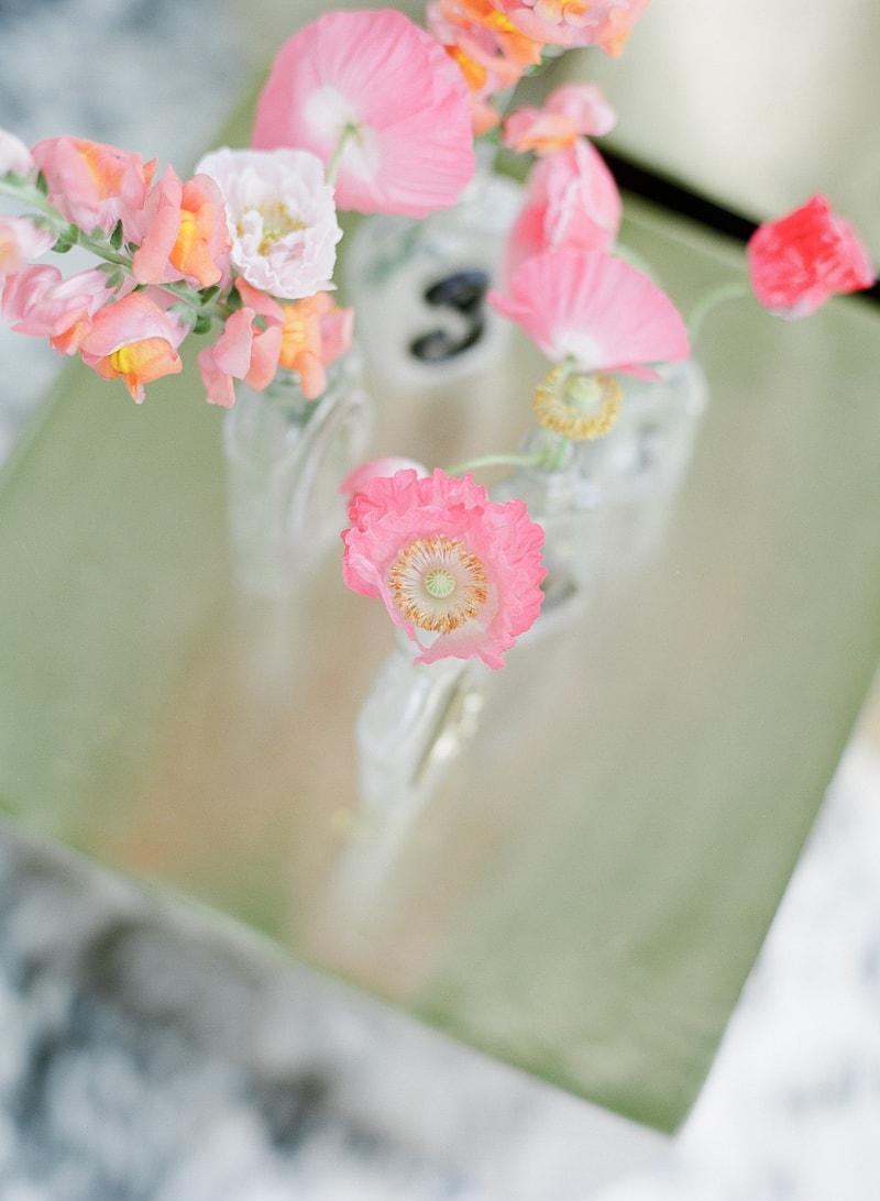 lounge-wedding-inspiration-fine-art-film-4-min.jpg