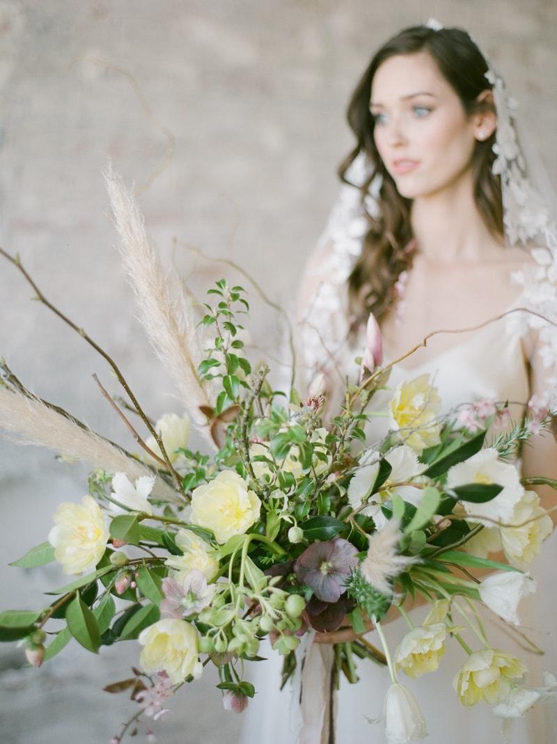 simplicity-in-nature-wedding-inspiration-london-16-min.jpg