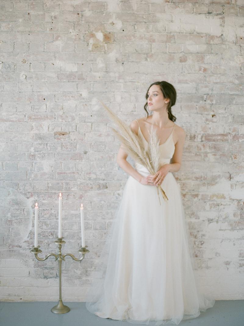 simplicity-in-nature-wedding-inspiration-london-4-min.jpg