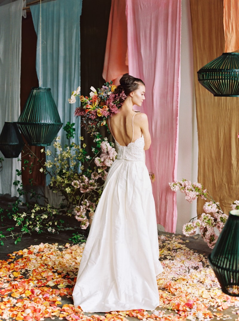 viva-color-wedding-inspiration-fine-art-portland-19-min.jpg