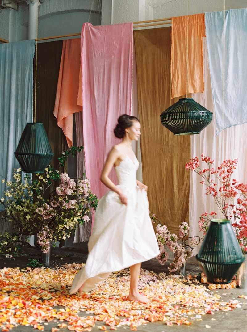 viva-color-wedding-inspiration-fine-art-portland-21-min.jpg