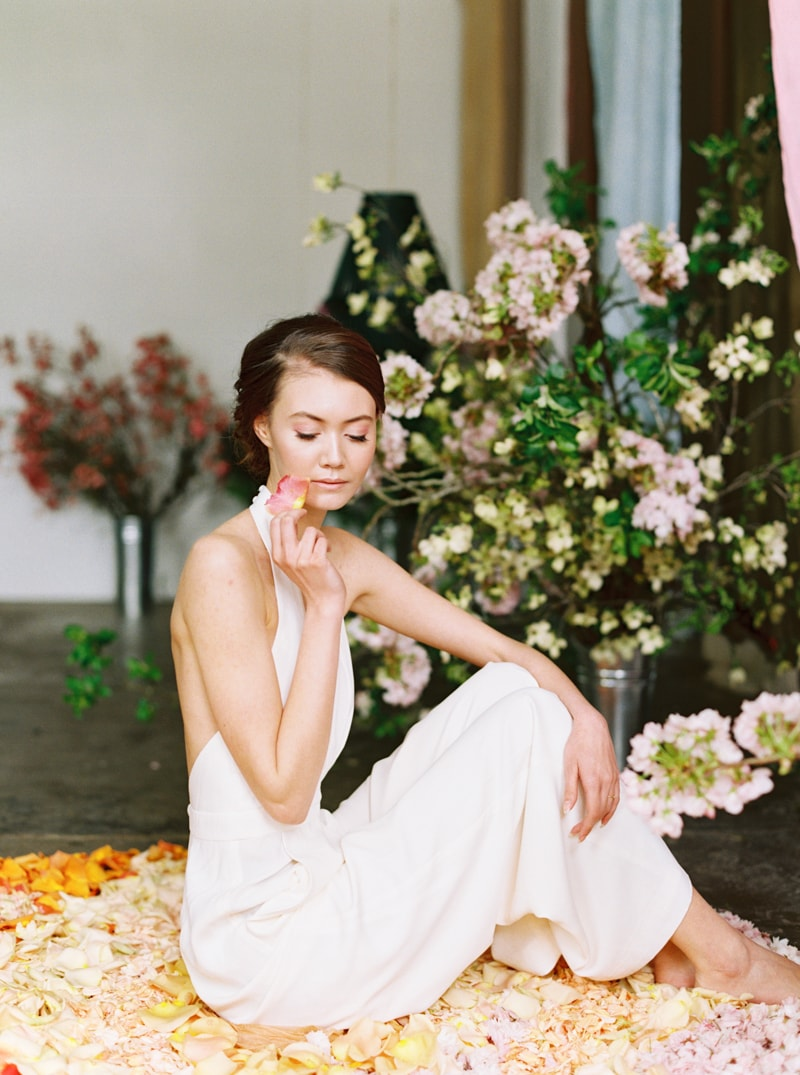 viva-color-wedding-inspiration-fine-art-portland-8-min.jpg