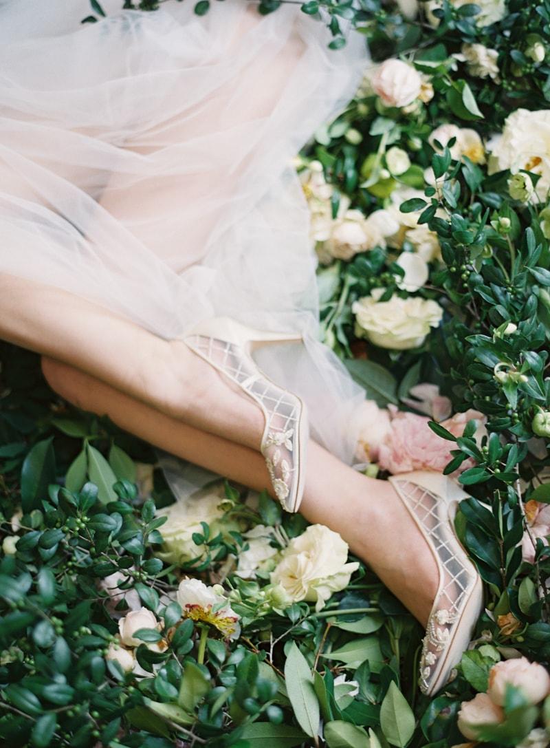 bella-belle-fine-art-film-contax-645-shoe-collection-26-min.jpg