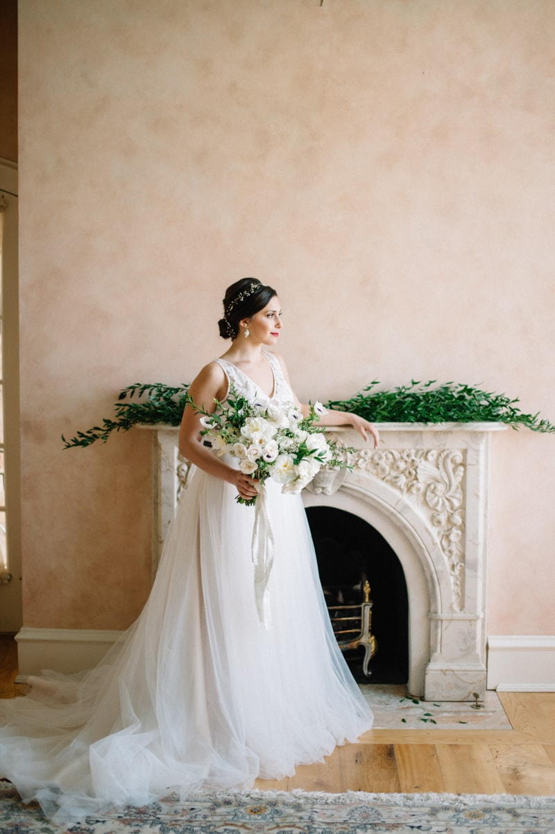 historic-cedar-hill-plains-virginia-wedding-shoot-9-min.jpg