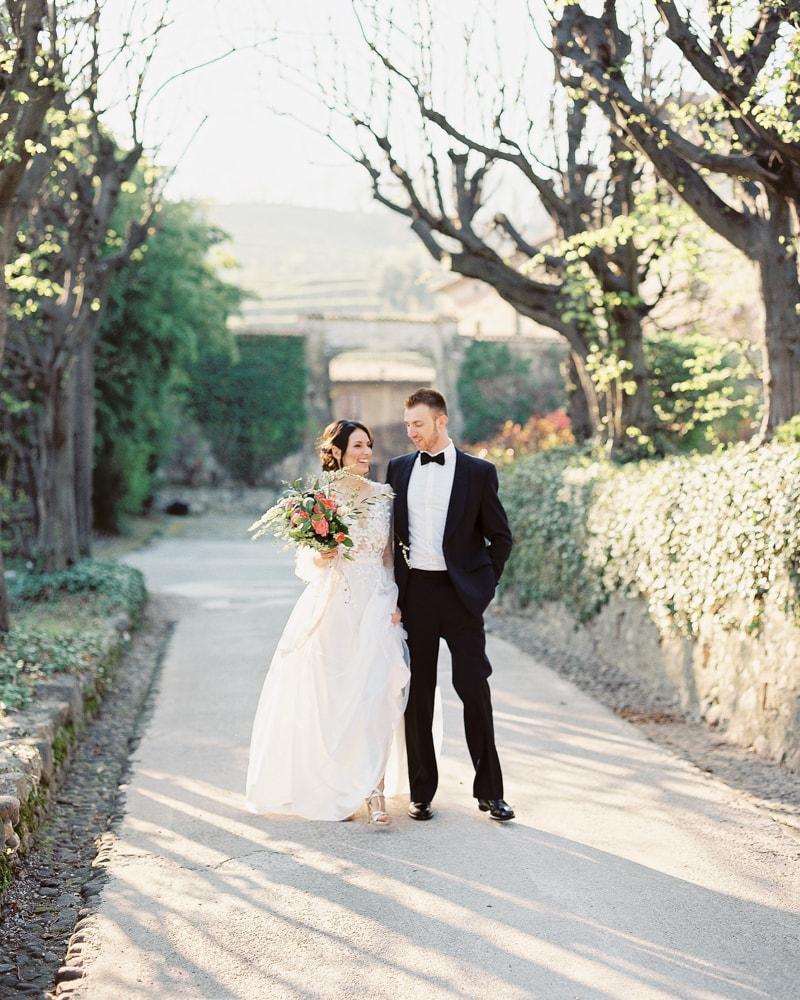 italy-wedding-inspiration-blog-contax-645-16-min.jpg