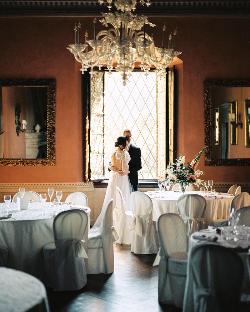 italy-wedding-inspiration-blog-contax-645-24-min.jpg