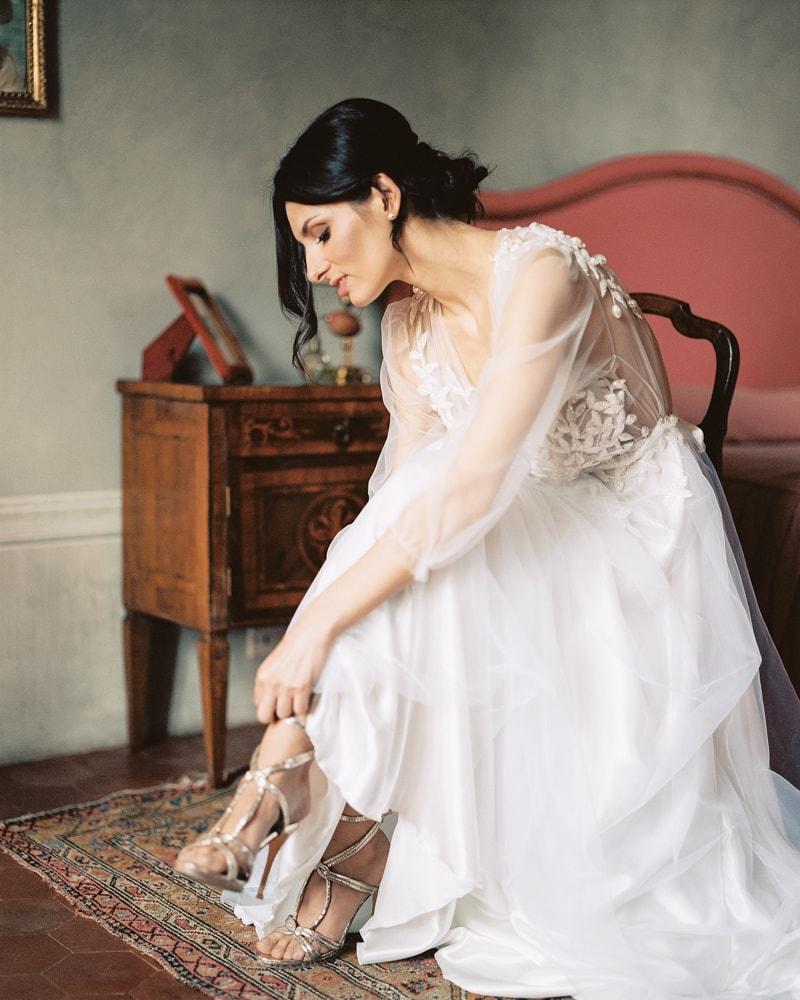 italy-wedding-inspiration-blog-contax-645-5-min.jpg