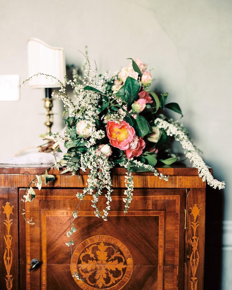 italy-wedding-inspiration-blog-contax-645-6-min.jpg