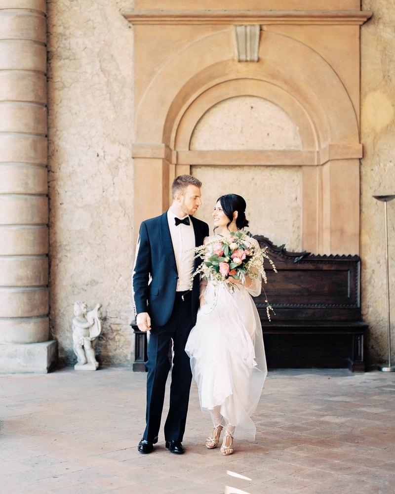 italy-wedding-inspiration-blog-contax-645-7-min.jpg