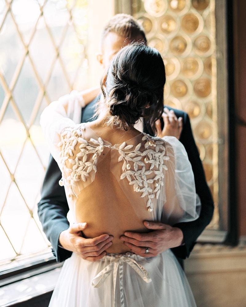 italy-wedding-inspiration-blog-contax-645-8-min.jpg