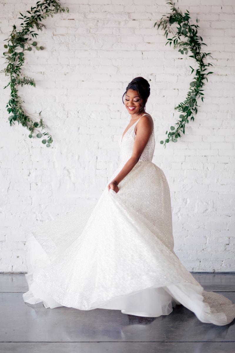 monochromatic-wedding-inspiration-african-american-5-min.jpg