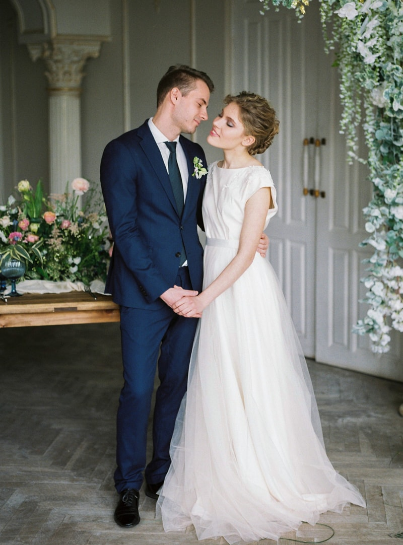 spring-wedding-inspiration-easter-bunny-contax-645-21-min.jpg