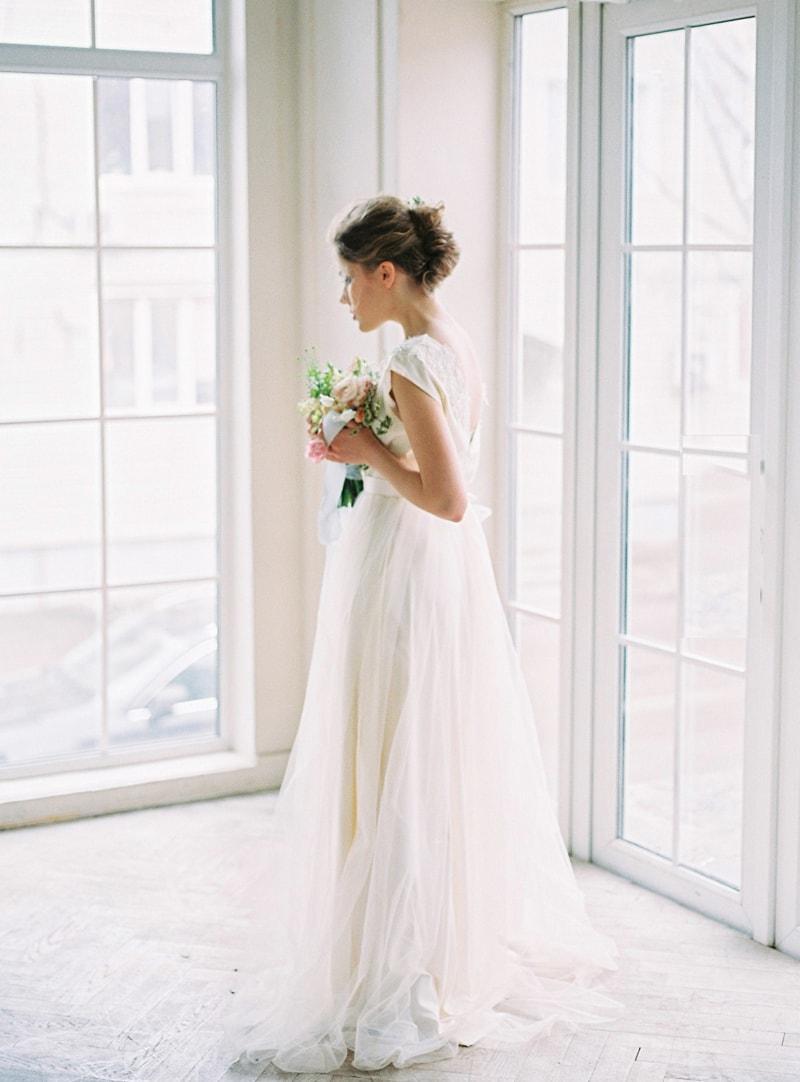 spring-wedding-inspiration-easter-bunny-contax-645-4-min.jpg