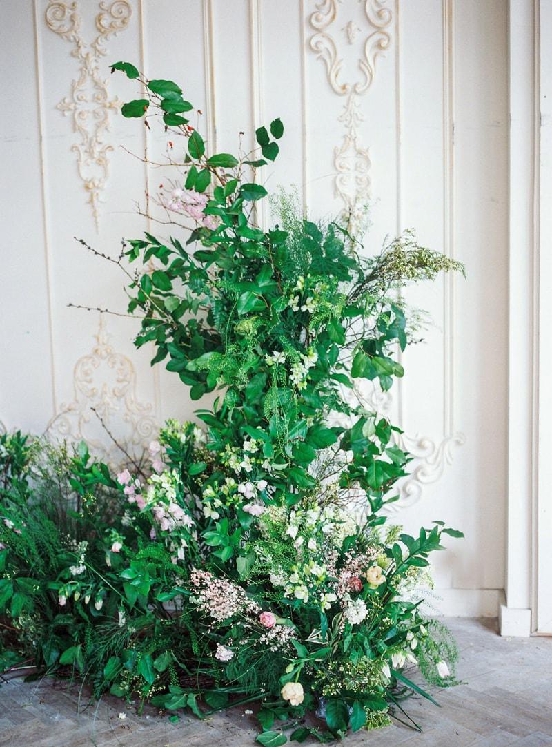 spring-wedding-inspiration-easter-bunny-contax-645-8-min.jpg