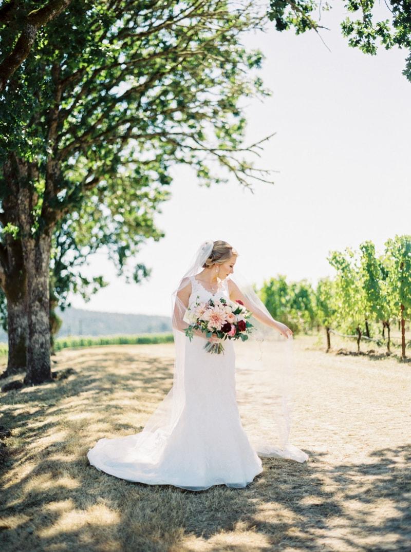 zenith-gardens-salem-oregon-wedding-photos-12-min.jpg