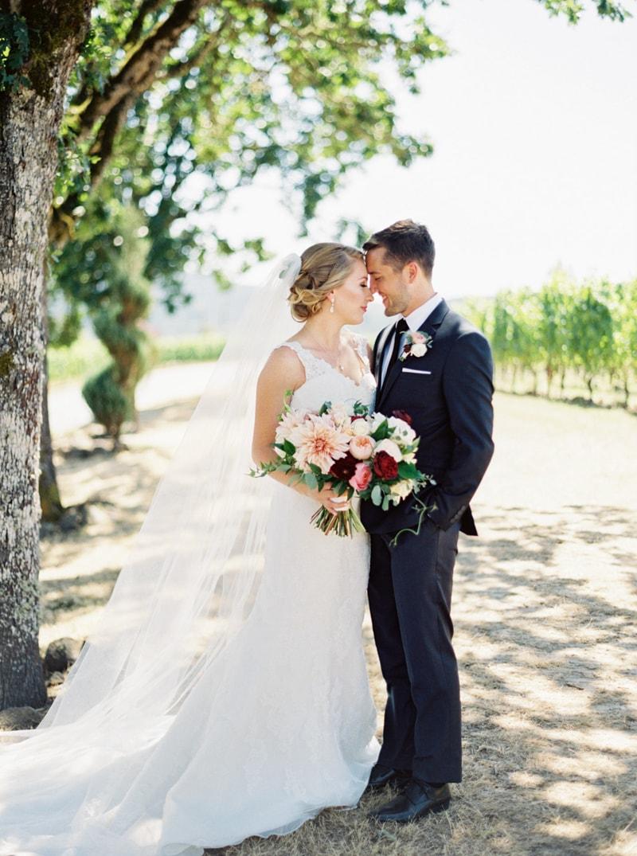 zenith-gardens-salem-oregon-wedding-photos-16-min.jpg
