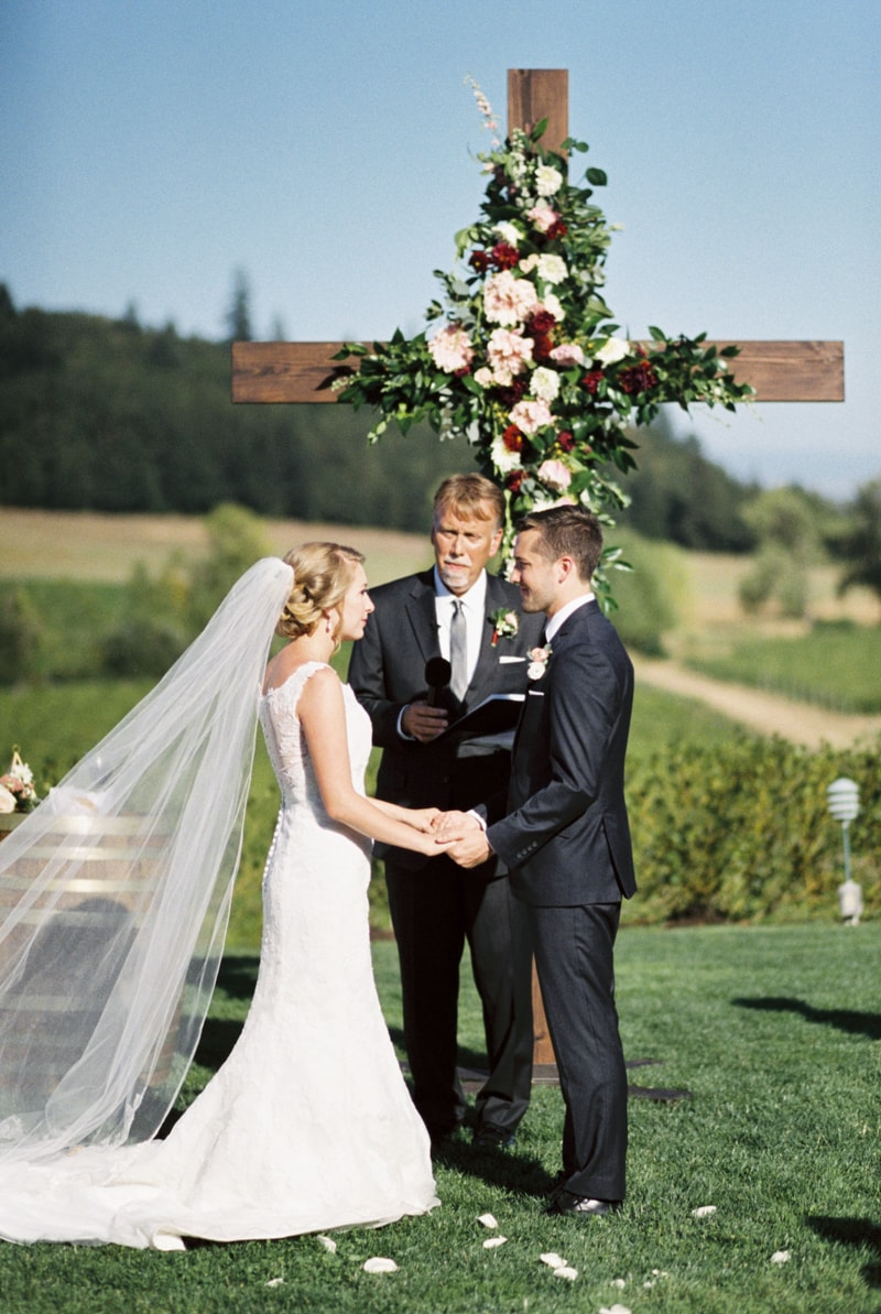 zenith-gardens-salem-oregon-wedding-photos-29-min.jpg
