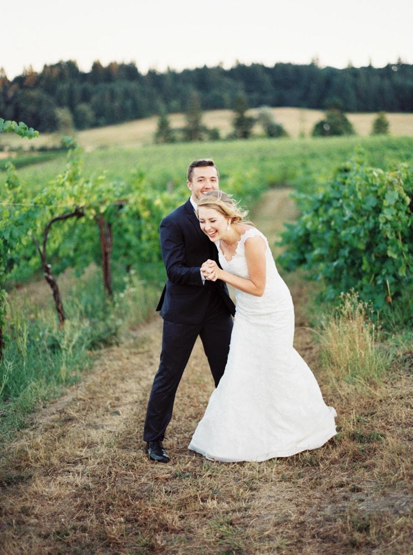 zenith-gardens-salem-oregon-wedding-photos-31-min.jpg