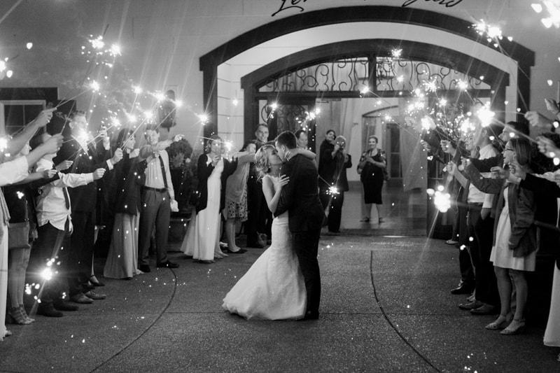 zenith-gardens-salem-oregon-wedding-photos-46-min.jpg