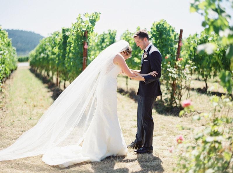 zenith-gardens-salem-oregon-wedding-photos-9-min.jpg