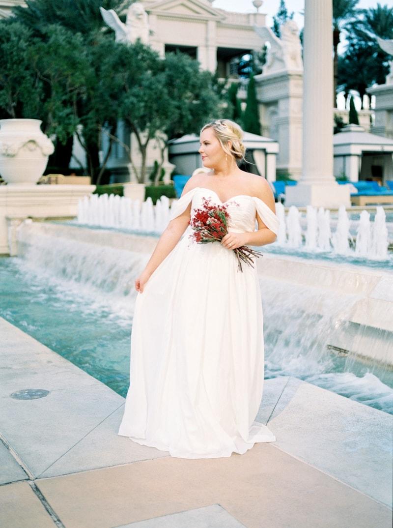 caesar-palace-las-vegas-bridal-portraits-14-min.jpg
