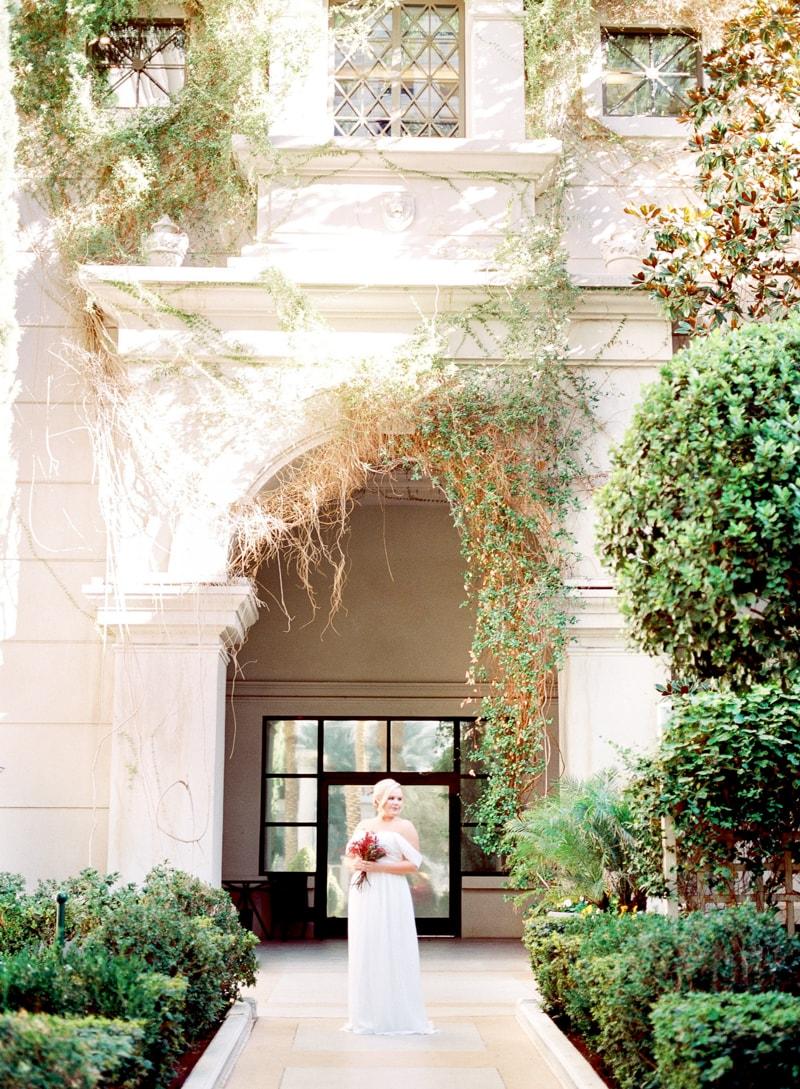 caesar-palace-las-vegas-bridal-portraits-7-min.jpg