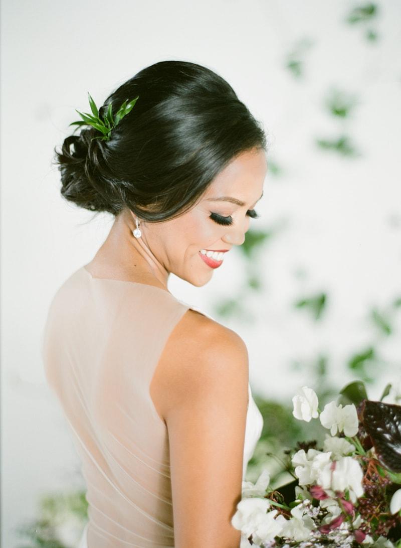 hawaii-botanical-wedding-inspiration-contax-645-14-min.jpg