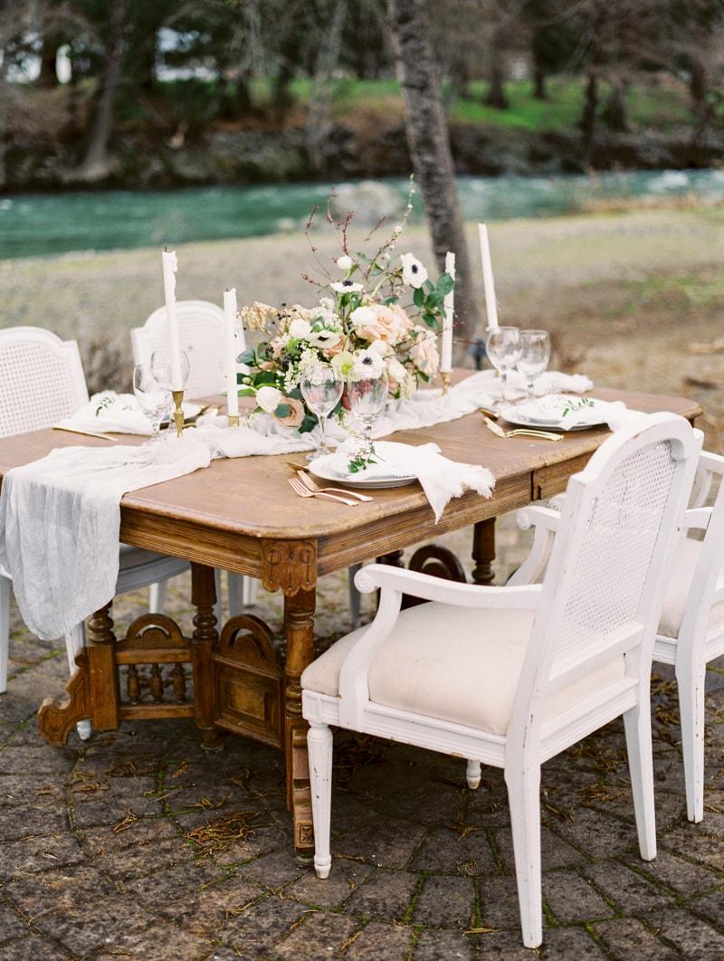 red-lily-vineyards-wedding-inspiration-contax-645-13-min.jpg