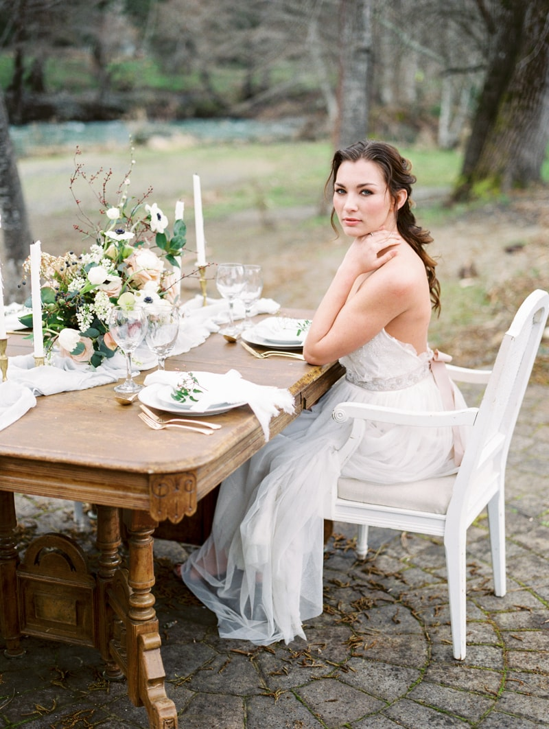 red-lily-vineyards-wedding-inspiration-contax-645-19-min.jpg