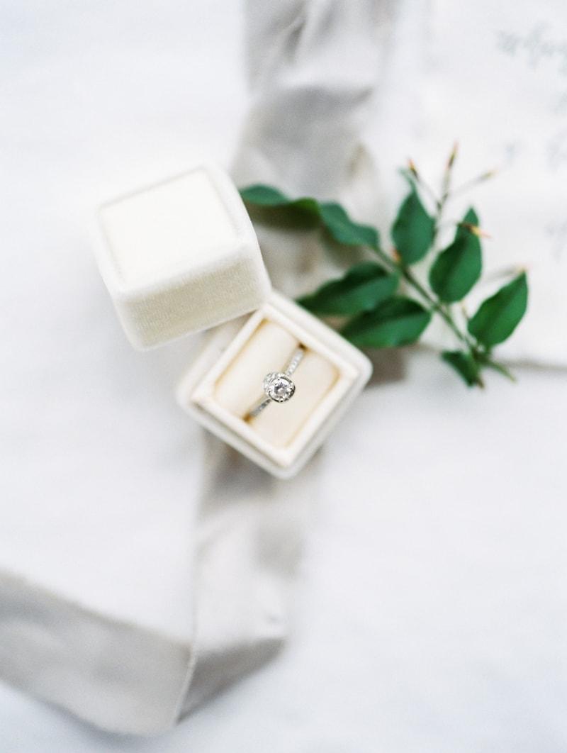 red-lily-vineyards-wedding-inspiration-contax-645-2-min.jpg